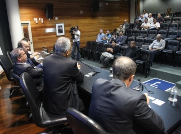 Na Alesc, Anaspra participa de seminário sobre unificação das polícias Civil e Militar