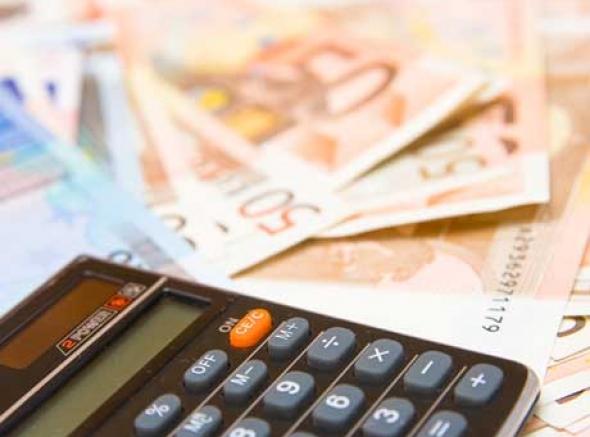 Pagamento de julho, de servidores que ganham até R$ 3 mil, será depositado nesta sexta-feira (11)
