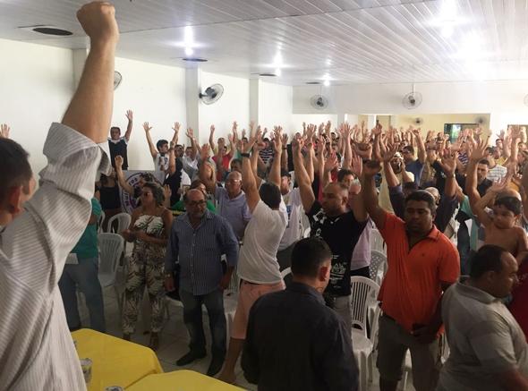 Em assembleia, policiais e bombeiros militares referendam compromisso assumido pelo Governo do Estado